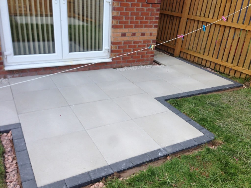 Paving Slabs North Wales | NW Contractors on Paving Ideas For Back Gardens id=86966